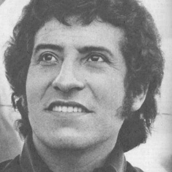Amorós: Víctor Jara no es un afiche, ni la portada de un disco. Fue papá, esposo y compañero