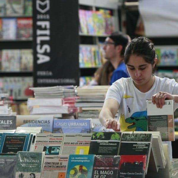 Corporación del Libro se resta de FILSA: Queremos tener una feria para todos, como en Argentina