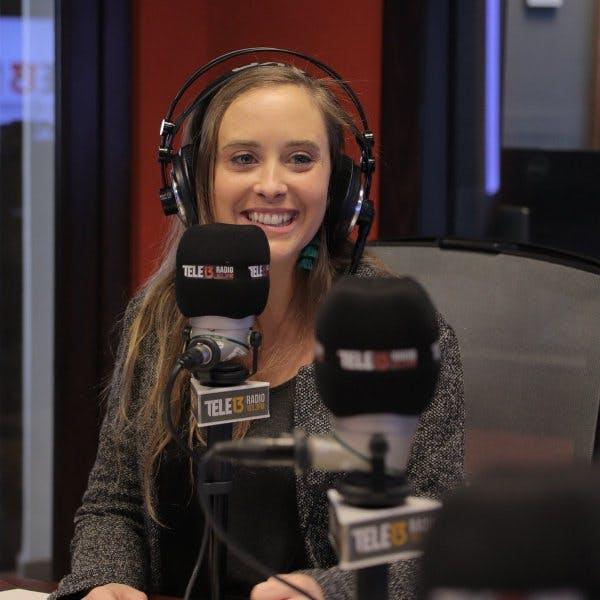 """Consuelo Schuster y su nuevo single """"Aléjate de mi"""" - Siempre es Hoy - Emisor Podcasting"""