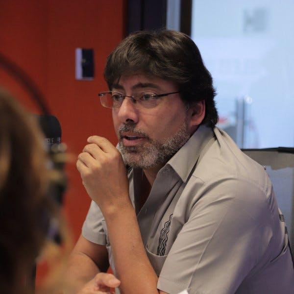 Jadue por migración: El gobierno decidió mentirle a Chile porque ha bajado en las encuestas
