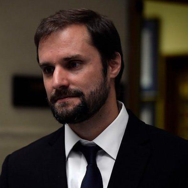 Bellolio: Se ha tercerizado la imagen política de la UDI hasta llevar a cambiar a Jaime Guzmán por Bolsonaro