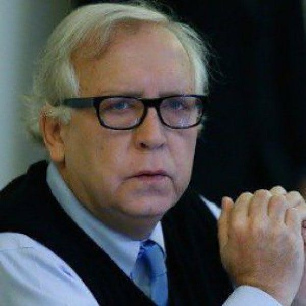 Burgos: A Hermes Soto no le corresponde autoevaluar su gestión