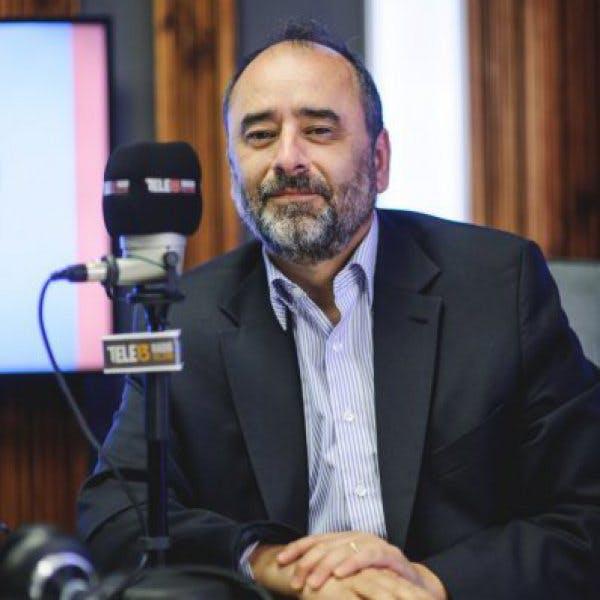 Guzmán: No me parece descabellado decir que Bachelet sigue como opción para la ex NM