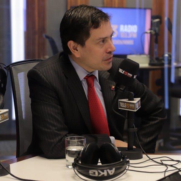 Correa y responsabilidad ante fraudes: Es una muy mala política pública, es bien populista