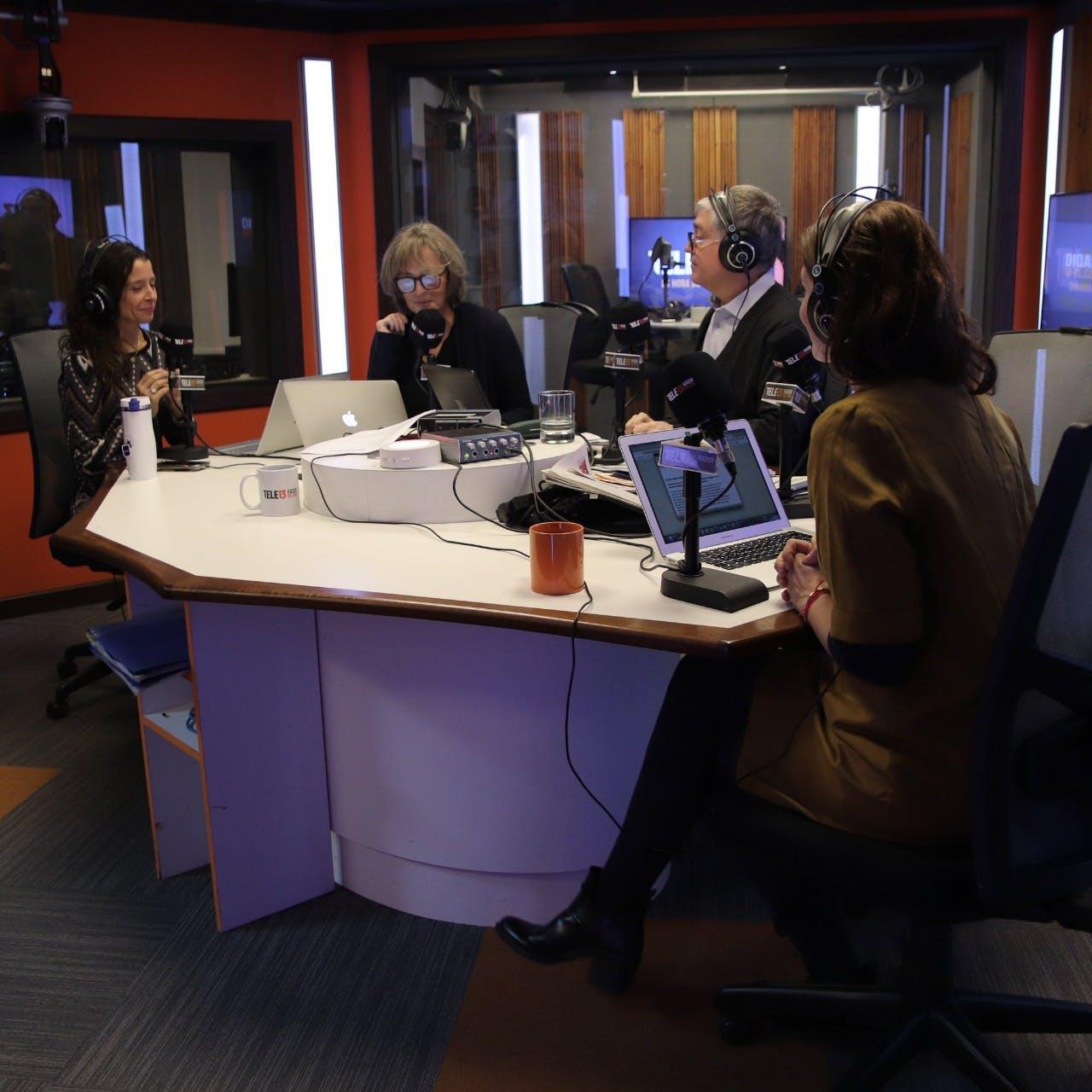 El fondo del paro de profesores, MEO y el caso OAS y el paso del presidente Piñera por Israel y Palestina - Mesa Central - RatPack - Emisor Podcasting