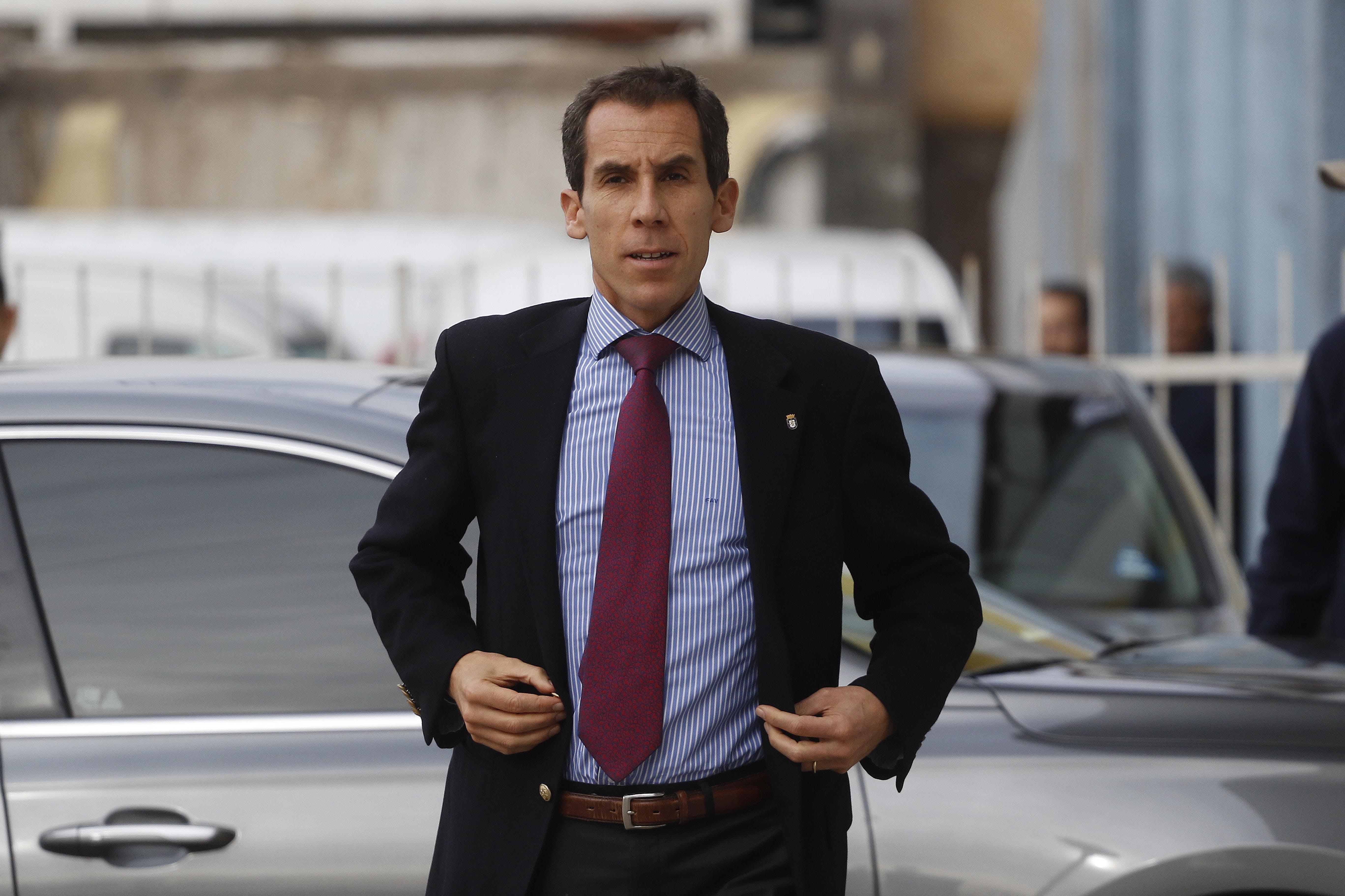 """Felipe Alessandri insiste: """"No se descarta el cierre del Instituto Nacional"""" - Mesa Central - Entrevista - Emisor Podcasting"""