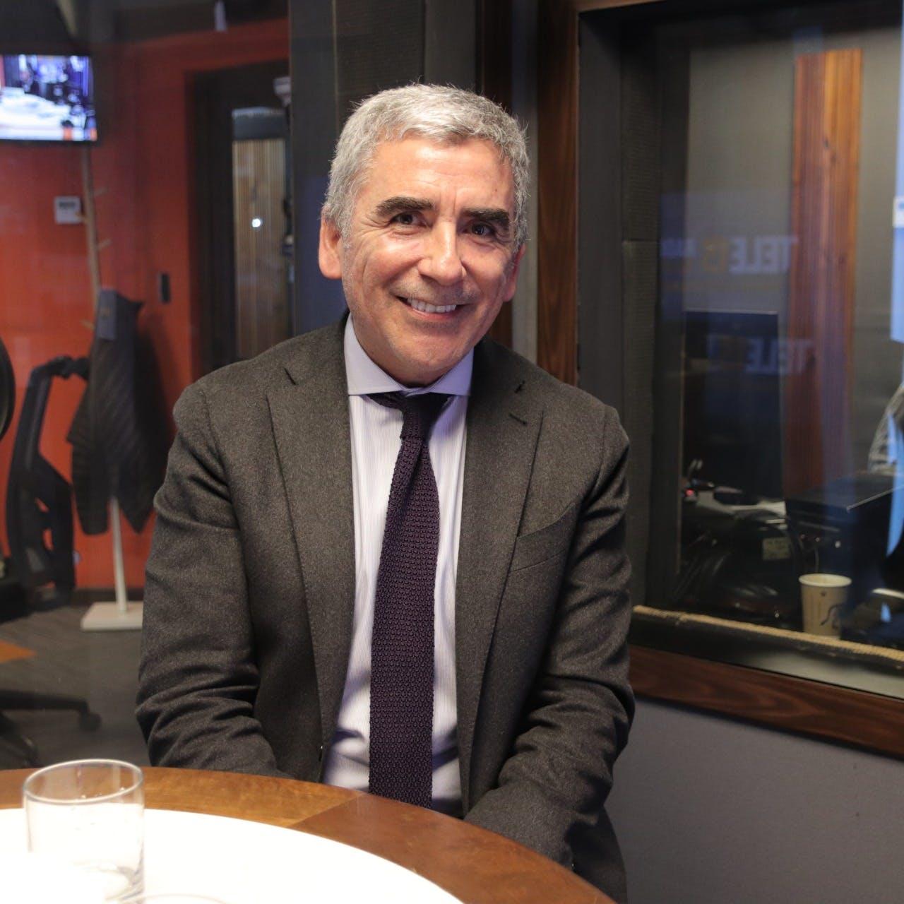 Carlos Peña y su libro El tiempo de la memoria