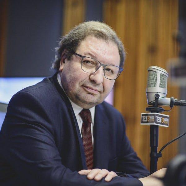 Ascanio Cavallo por Kirchnerismo y agenda laboral del Gobierno - Podcast - Conexión - Panelistas - Emisor Podcasting