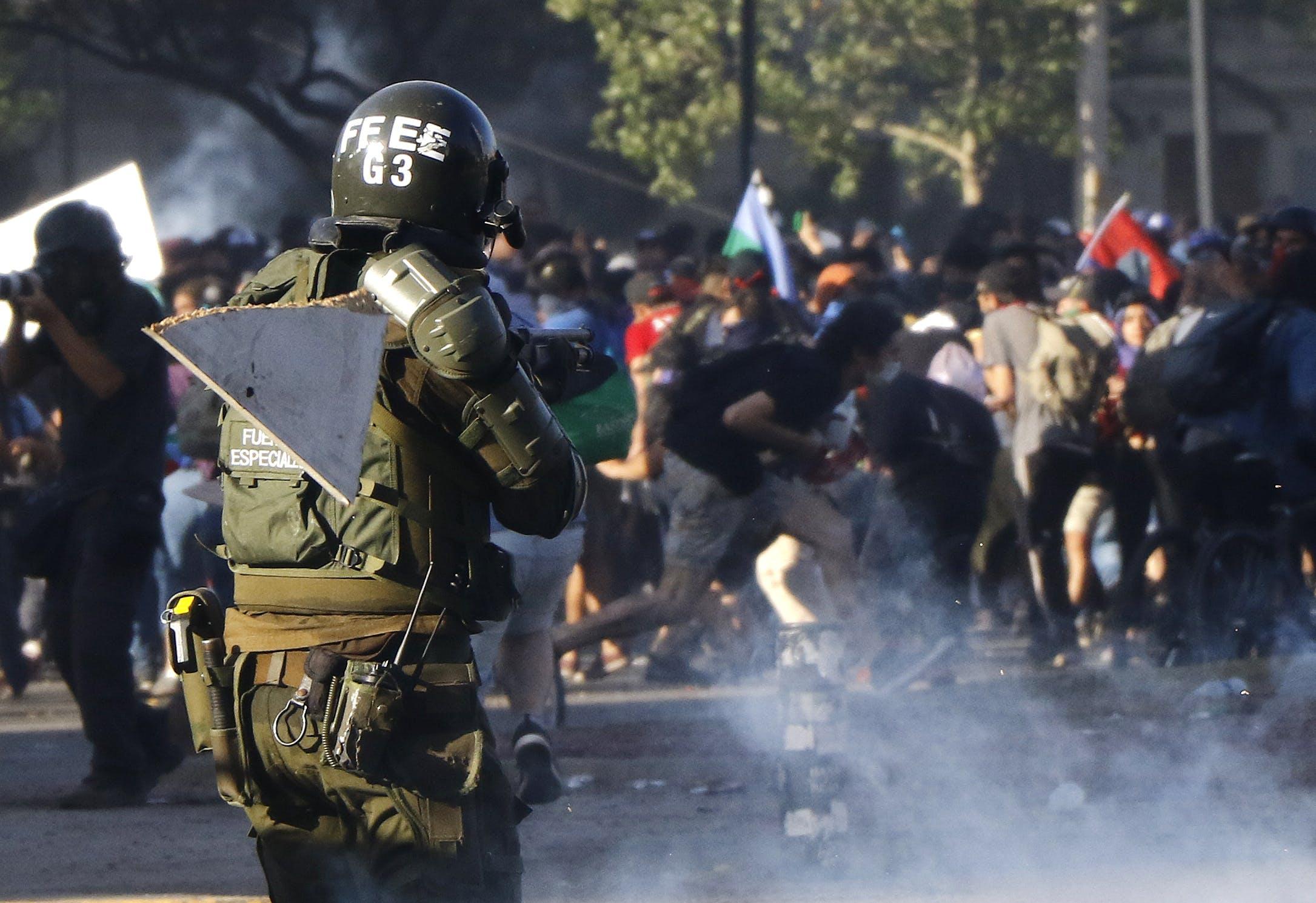 Sonoteca: Estado de Emergencia, Frases para la Historia - Especial Crisis Social - Emisor Podcasting
