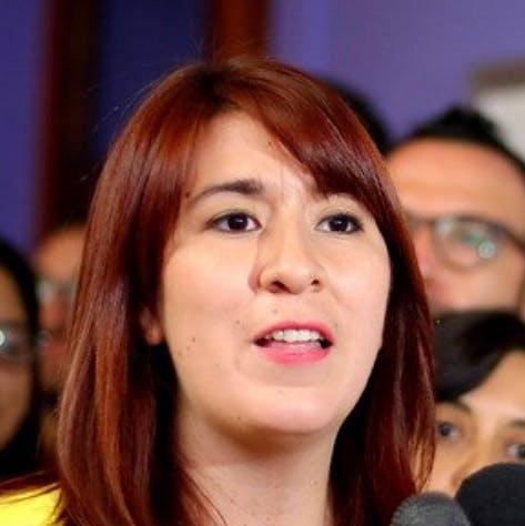 """Presidenta de RD, Catalina Pérez """"Mientras la derecha ya se organiza por el no, nosotros parecemos seguir enfrascados en nuestras diferencias en vez de avanzar""""  - Podcast - Protagonistas - Entrevista FM - Emisor Podcasting"""