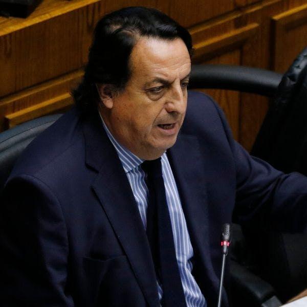 """Víctor Pérez, senador UDI: """"Creo que Mario Desbordes está bastante perdido en el último tiempo, se ha dedicado a insultar y a descalificar"""" - Podcast - Protagonistas - Entrevista FM - Emisor Podcasting"""