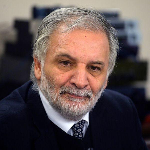 Eduardo Bitrán, ex titular de Obras Públicas: Hyundai está abusando de la situación de inestabilidad del país, usando el argumento de falta de garantía jurídica y Estado de derecho para enfrentar al MOP