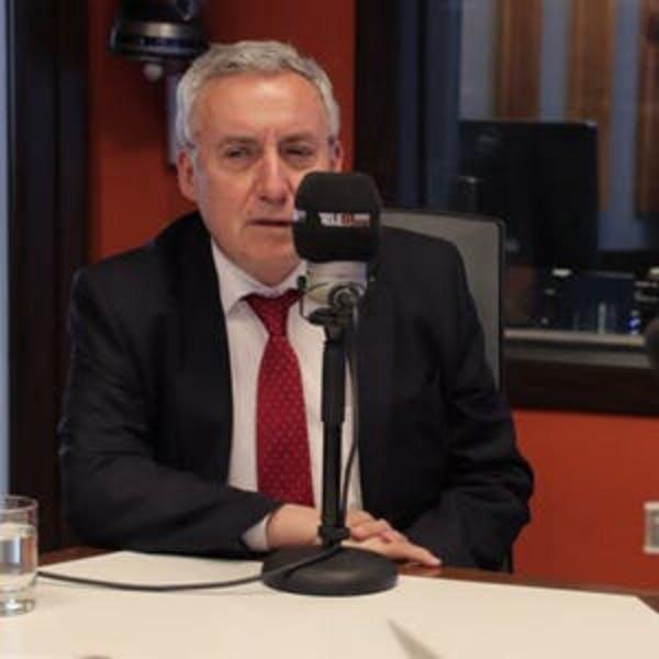 """Rector Universidad de Chile: """"El estado emocional de cada persona y de la sociedad va a influir en la capacidad de la población para poder enfrentar la pandemia de una forma adecuada"""" - Podcast - Mesa Central - Entrevista - Emisor Podcasting"""
