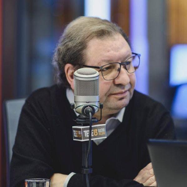 Ascanio Cavallo por la necesidad de discusión sobre el confinamiento, el machi Celestino Córdova y conflicto con camioneros - Podcast - Conexión - Panelistas - Emisor Podcasting