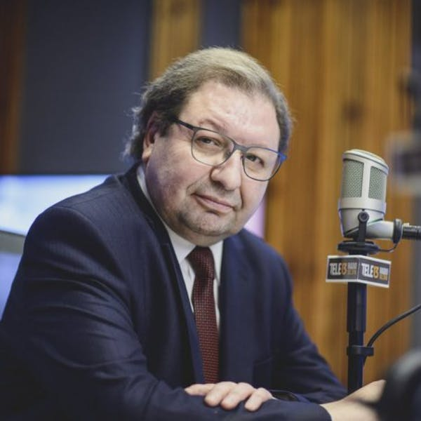 Ascanio Cavallo por candidatos a Convención Constitucional y a la presidencia - Podcast - Conexión - Panelistas - Emisor Podcasting