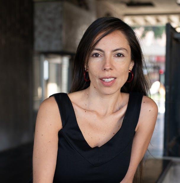 La productora Claudia León nos cuenta sobre 'Lovebirds', una cinta española presente en el Festival de Málaga - Emisor Podcasting